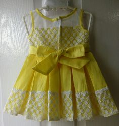 Girls Frock Design, Kids Frocks Design, Baby Frocks Designs, Baby Dress Design, Baby Girl Frocks, Frocks For Girls, Little Girl Dresses, Kids Dress Wear, Kids Gown