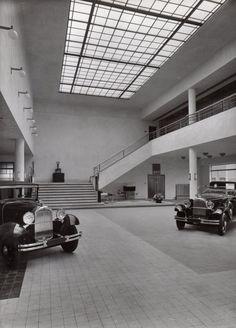 Citroën showroom/garage, Amsterdam, Jan Wils, 1930-31.