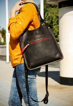 #lederen handtas #Leather #bag. Love the red zipper by ladybuqartstudio