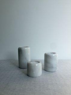 Vintage Kerzenhalter, Marmor, Set von drei, modern Design, Schwarz-Weiß, Retro von moovi auf Etsy