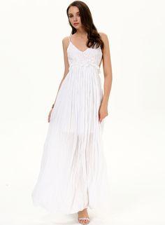 Vestido Maxi plisado bordado correa de espagueti-blanco 14.31