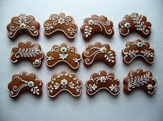 Fotka Gingerbread House Designs, Christmas Gingerbread House, Christmas Sweets, Gingerbread Cookies, Christmas Cookies, Honey Cookies, Cute Cookies, Sugar Cookies, Cookies Decorados
