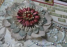 Update March I now have a video tutorial for Girlie Grunge Twine Flowers showing how to create the loom and twine flower using Donna. Twine Flowers, Paper Flowers Craft, Flower Crafts, Diy Flowers, Crochet Flowers, Burlap Bows, Burlap Wreath, Flower Close Up, My Scrapbook