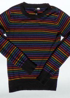 Kup mój przedmiot na #vintedpl http://www.vinted.pl/damska-odziez/dlugie-swetry/10199632-czarny-sweter-w-kolorowe-paski-hm