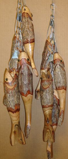 stringer of sassafras wooden hand carved by smokymtnartsandcraft, $32.00