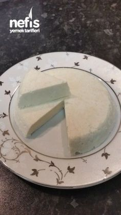 Evde Dogal Peynir Yapimi Lassi, Kimchi, Pistachio, Bon Appetit, Sprinkles, Cheese, Homemade, Plates, Cooking