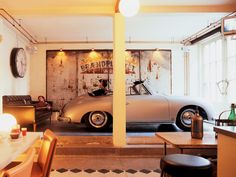Nice, but my wife will not allow me parking the 356 naar the couch....