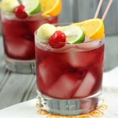 Red Apple Sangria - a fun, festive drink for the fall