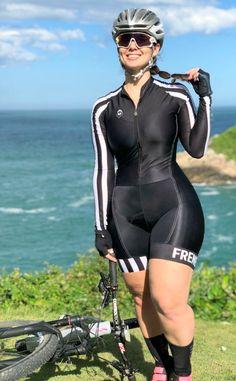 Maiara Rebelo - [board_name] - Women Cycling Bicycle Women, Bicycle Girl, Pernas Sexy, Cycling Girls, Biker Girl, Cycling Outfit, Athletic Women, Sport Girl, Plus Size Bikini