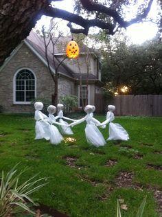 Halloween Garden Ideas Ausgefallene gartendeko selber machen 101 beispiele und upcycling ideen how to make halloween fairies diy halloween yard decoration easy step by workwithnaturefo
