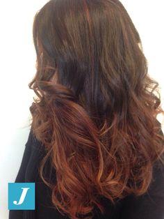 "Spotted in salone! Vuoi solo ""illuminare"" il tuo colore naturale senza stravolgerlo? Con il Degradé Joelle puoi. #cdj #degradejoelle #tagliopuntearia #degradé #welovecdj #igers #naturalshades #hair #hairstyle #haircolour #haircut #fashion #longhair #style #hairfashion"