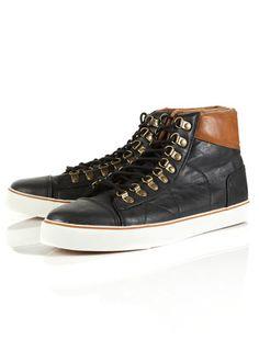 """""""Shackleton Hiker"""" Boot."""