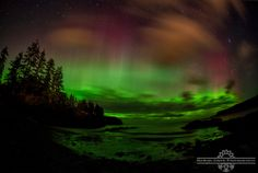 The Aurora Borealis stirred up a sweet rainbow of lime, raspberry and orange over Mill Bay Beach in Kodiak, Alaska. Beach Hacks, Beach Tips, Kodiak Alaska, North To Alaska, Rainbow Beach, Light Images, Aurora Borealis, Pacific Ocean, Northern Lights