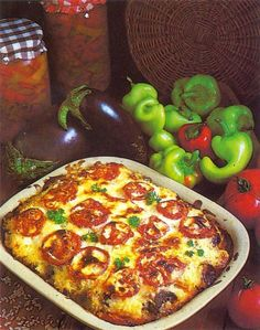 Bácskai gyuvecs Hungarian Recipes, Recipes From Heaven, Pepperoni, Meat Recipes, Vegetable Pizza, Food And Drink, Nutrition, Favorite Recipes, Meals