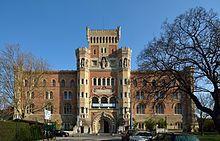 Blick von der Heeresmuseumstraße auf das Heeresgeschichtliche Museum im Arsenal