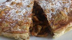 Pastela de masa filo de pollo con especias de Marruecos.