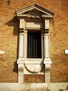 Porta Pia  -   detail -    1561     -   Aedicule   -   Michelangelo di Lodovico Buonarroti Simoni   -   arthistory390 photography     -    https://www.flickr.com/photos/24364447@N05/6375731023/