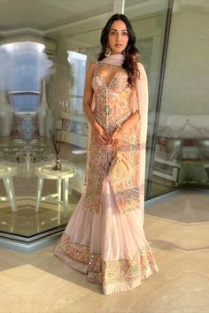 Kiara Advani Enthrals in a Mirror Embellished Ensemble For a Sangeet Ceremony Indian Ethnic Wear Party Wear Indian Dresses, Designer Party Wear Dresses, Indian Bridal Outfits, Indian Gowns Dresses, Indian Fashion Dresses, Dress Indian Style, Indian Designer Outfits, Designer Ethnic Wear, Indian Wedding Clothes