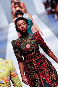 ~African fashion, Ankara, kitenge, Kente, African prints, Senegal fashion, Kenya…