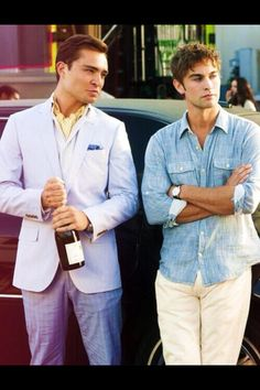 Chuck Bass (Ed Westwick) and Nate Archibald (Chace Crawford) in Gossip Girl Gossip Girls, Nate Gossip Girl, Nate Archibald, Chaning Tatum, Beautiful Men, Beautiful People, Dan Humphrey, Kelly Rutherford, Ed Westwick