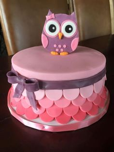 Owl Baby Shower Cake Pink & Purple Owl cake for baby shower Baby Cakes, Owl Cakes, Ladybug Cakes, Smash Cakes, Baby Shower Cakes For Boys, Baby Shower Cupcakes, Baby Shower Owl Cake, Owl Shower, Shower Baby