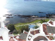 CASAPUEBLO, Maldonado, Uruguai. A parte que aparece na foto é onde funciona o hotel. Foto : Cida Werneck