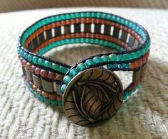 Beaded bracelace