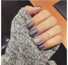 Ongles mats violets Nail Design, Nail Art, Salon de manucure, Irvine, Newport Beach… Source by pepec Get Nails, Fancy Nails, Pretty Nails, Hair And Nails, Sparkly Nails, Purple Nails, Glitter Accent Nails, Ombre Nail, White Nails