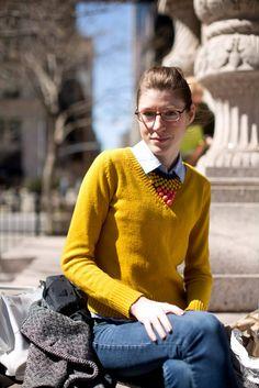 Street photo, yellow