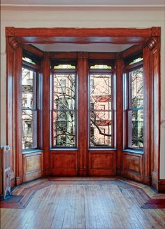 Brooklyn Heights 1900 Brownstone interior. I went to see this Apt ! # 40. Think it sold for $440K , needed at least $100k in renovation though....