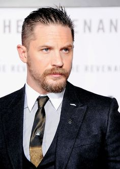 Tom Hardy | The Revenant premiere | 16 Dec. 2015 |...