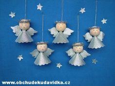 Ceramic Pots, Advent, Christmas Diy, Ceramics, Crafts, Ornaments, Christmas Ornaments, Angels, Key Chains