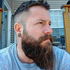 Check out @djpapa6 and his righteous beard. Keep on keepin' on my friend. Admin j: @thedapperpappy  #allaboutthatbeardnostubble #alwaysbearded #dontshave #facefarmer #furrylipshappynips #fortheloveofbeards #gotbeard #gravebeforeshave #hailthebeard #killtheshave #theshaveresistance #thightickler #beardsnotbooty #beardsunite #beardgang #beardcrew #beardlife #beardlove #beardjunkies #beardaddict #beardbro #beardedbrethren #beardedbrotherhood #beard #manmane #beardsareheretostay…