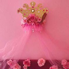 DIY PRINCESS BEDROOM | Princess Bed Crown Canopy for your little princess. She wears a crown ...