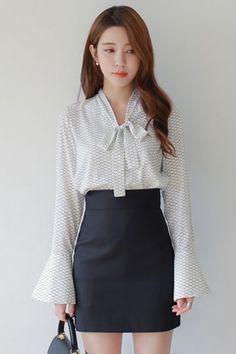 Dodo Blouse | Korean Fashion