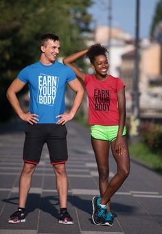 Gym Singlets, Funny Gym Shirts, Couple Tees, Fit Couples, Gym Humor, Personalized T Shirts, New People, Workout Shirts, Gym Workouts