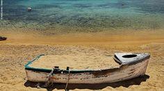 Αντίπαρος: Υπέροχος μικρόκοσμος Paros Greece, Holiday Accommodation, Greece Travel, Waves, Vacation, Explore, Landscape, Outdoor, Beaches