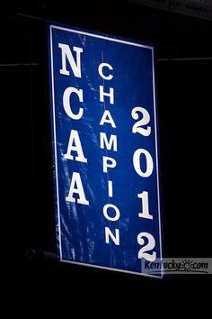 UK WILDCATS!!!  NCAA MEN'S BASKETBALL CHAMPIONS 2012