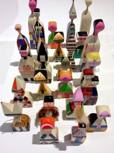 Design Toys : Alexander Girard edited by Vitra