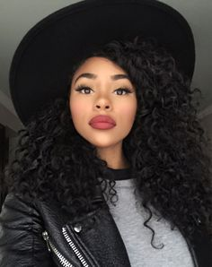 Cabelo cacheado natural lindo demais ♥ Curly hair girl! ItsMyRayeRaye : Photo