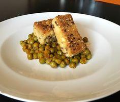 Una Vegetariana Creativa :): TOFU PANATO CON PISELLI STUFATI - BREADED TOFU WITH PEAS #vegan #veg