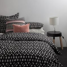 I love love love the Avenue duvet from Citta Design!! Really like the soft pink cushions with it, a gorgeous pairing!