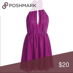 H&M Fuchsia necked tied exposed back halter dress Super fun and flirty halter with a long beck dash to tie as you wish. Open back and key hole front. Really beat zig zag like pattern. Brand new with tags- SZ 6 H&M Dresses Backless