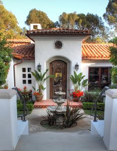Spanish Colonial Revival - traditional - entry - los angeles - Pritzkat & Johnson Architects