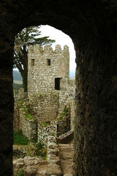 """Castelo dos Mouros  Sintra, Portugal -  In 1809, Lord Byron sad about it """"this is the first and most beautiful place in the morning."""""""