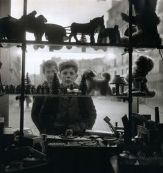 Robert Doisneau Shop Window, 1947 From Paris