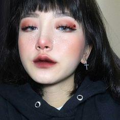 - List of the most beautiful makeup Asian Makeup Looks, Korean Makeup Look, Korean Makeup Tips, Korean Makeup Tutorials, Freckles Makeup, Hair Makeup, Eye Makeup, Beauty Make-up, Beauty Hacks