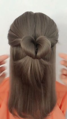 Hairstyle Tutorial 911 Hair ideas for all hair lengths There are thousands of different haircuts hairstyles as well as ideas for color and elegance that fit your personality, your life, your choice of profession and your facial features. Hairstyle id Cute Hairstyles, Braided Hairstyles, Latest Hairstyles, Curly Hair Styles, Natural Hair Styles, Natural Looking Wigs, Hair Upstyles, Hair Videos, Synthetic Hair