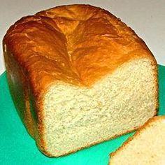 Dieses Brot schmeckt frisch aus dem Ofen oder getoastet mit etwas Butter am besten. Und es duftet überall im Haus herrlich danach!