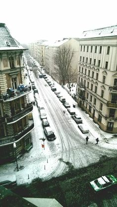 winter in Berlin--Emily travels to Berlin to surprise Stani, but the romantic weekend she plans turns into a nightmare.